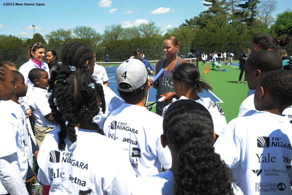 Taylor-Townsend-with-kids-before-2013-New-Haven-Open Yale-University