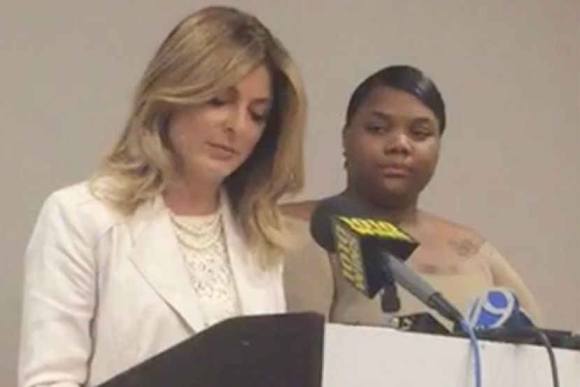 Attorney Lisa Bloom and her client, Quantasia Sharpton (r.), hold a press conference at the Hilton Hotel in New York City on Monday, to announce a lawsuit against R&B singer, Usher. Sharpton claims she was possibly exposed to herpes because of her sexual encounter with Usher.