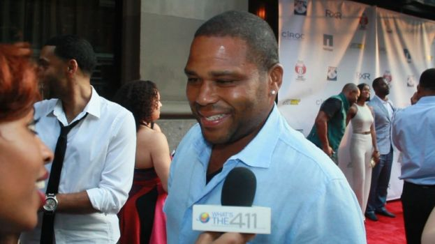 Anthony Anderson attends billiards tournament to raise money for Justin Tuck's R.U.S.H for Literacy